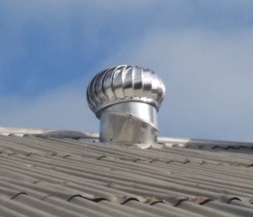 Whirlybird roof ventilator